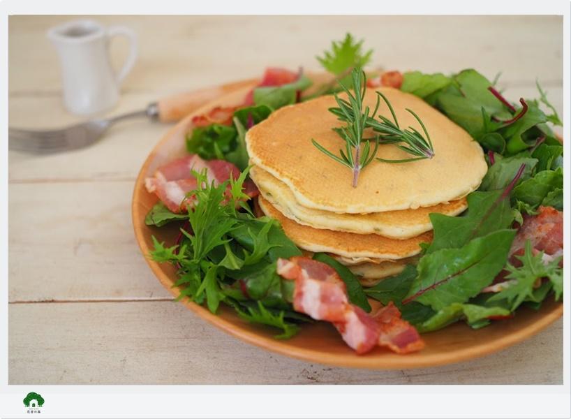 ガーデンセラピー体験ローズマリーのパンケーキとジンジャーエールを作るレッスン